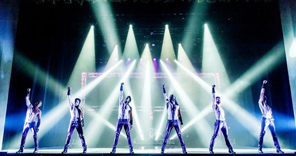 Born to Dance, Los Vivancos, สเปน