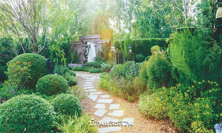 สวนอังกฤษโมเดิร์นคลาสสิก สวนสวยที่ผสานเอา 2 สไตล์เข้ามารวมกัน