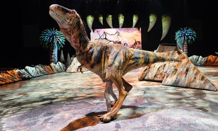 เจาะลึกเบื้องหลัง กว่าจะมาเป็นโชว์ไดโนเสาร์ที่ยิ่งใหญ่สมจริงที่สุดในโลก Walking with Dinosaurs The Arena Spectacular