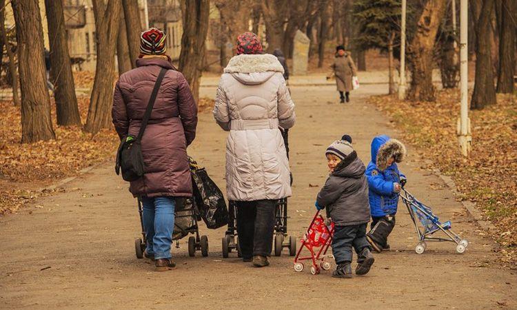 5 ข้อดี พาลูกเที่ยวต่างประเทศ พร้อมวิธีจัดกระเป๋าแบบคุณแม่มือโปร
