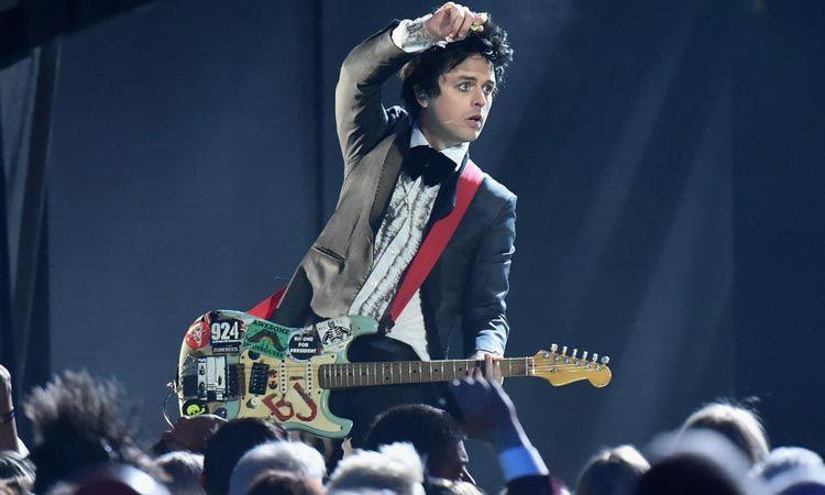 Billie Joe Armstrong เผยเพลงของ Green Day ที่เขาชอบมากที่สุด