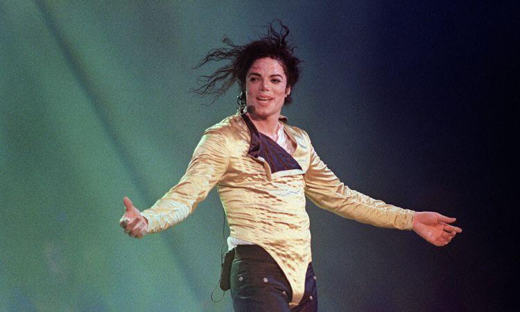 ดูให้หายคิดถึง! หนังชีวประวัติ ละครเพลง คอนเสิร์ตทริบิวต์ ของราชาเพลงป๊อป Michael Jackson
