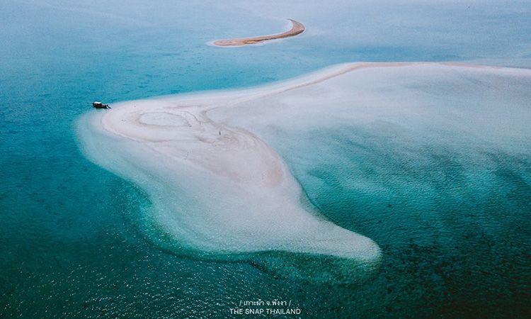 """ดำดิ่งสู่โลกใต้ท้องทะเล ณ มัลดีฟส์เมืองไทย """"เกาะผ้า"""" จ.พังงา"""