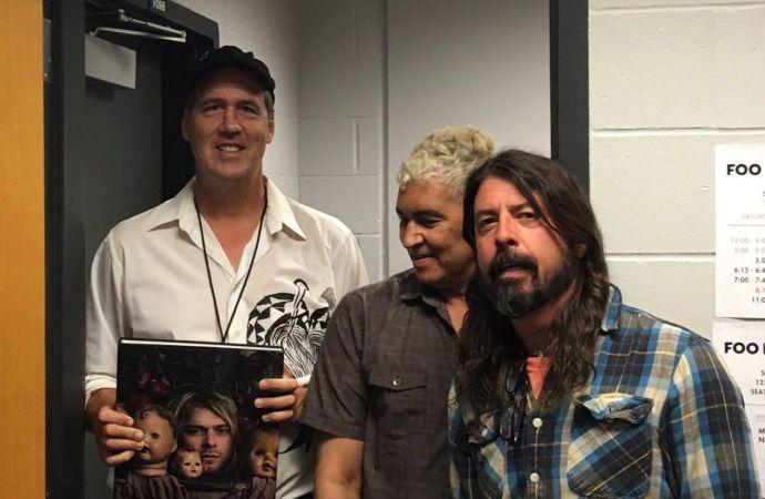 ชมคลิป Krist Novoselic ขึ้นแจมกับ Foo Fighters ในเพลง Molly's Lips