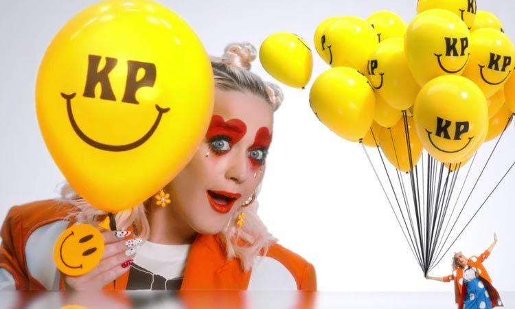 มาแล้ว! Smile เอ็มวีเพลงใหม่ล่าสุดจาก Katy Perry