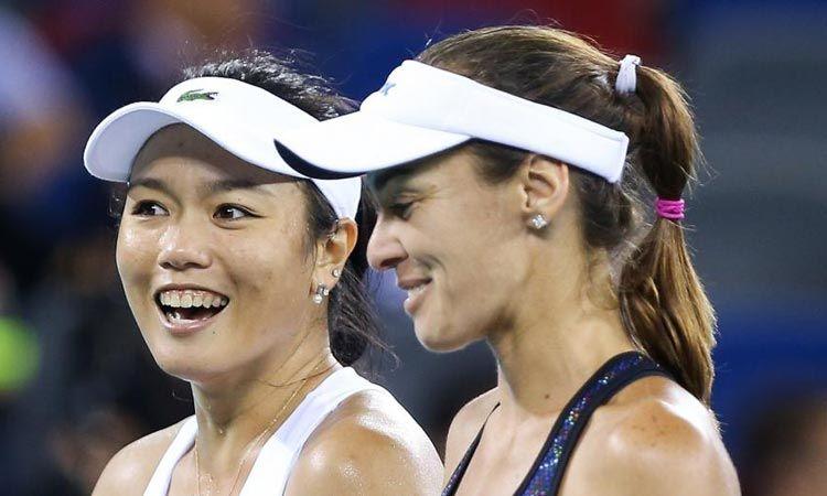 ผลจับฉลาก WTA Finals ประเภทหญิงคู่ Hingis และ Chan เตรียมลงหวดกับ Groenefeld และ Peschke
