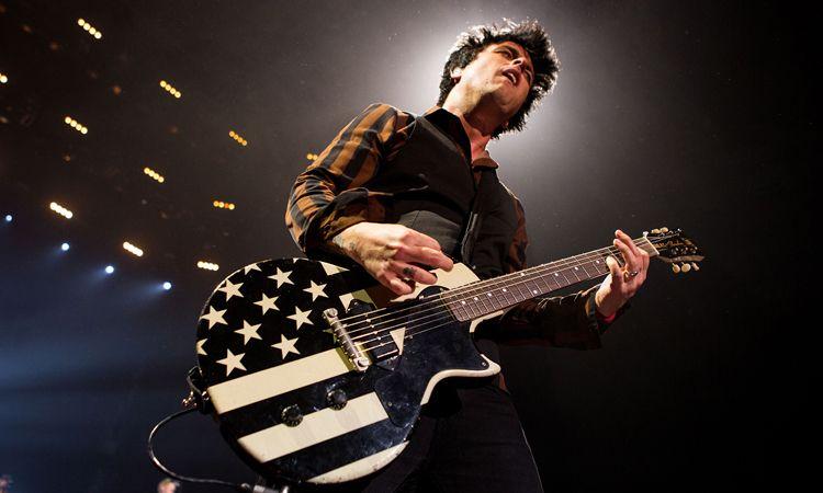 Billie Joe Armstrong เผยเพลงที่ดีที่สุดและอัลบั้มสุดโปรดของ Green Day