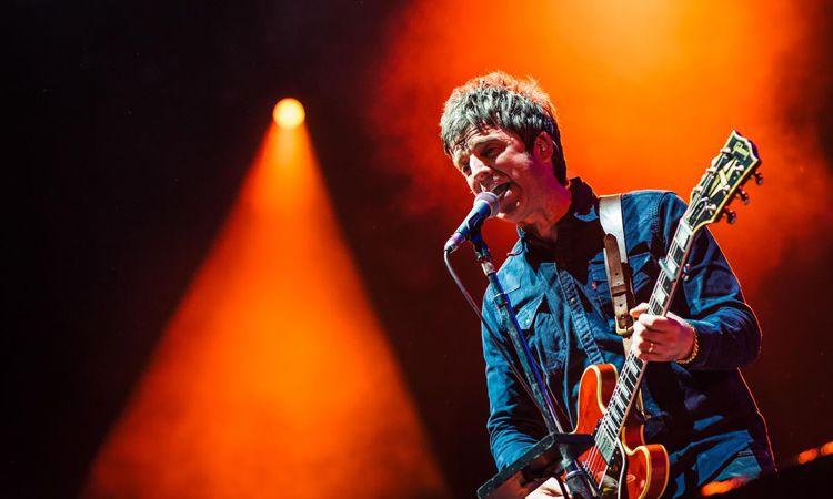 Noel Gallagher's High Flying Birds เตรียมปล่อยอัลบั้มรวมเพลงฉลองครบรอบ 10 ปี