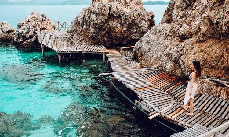 "One Day Trip ""เกาะขาม"" เที่ยวทะเลน้ำใสใกล้กรุง"
