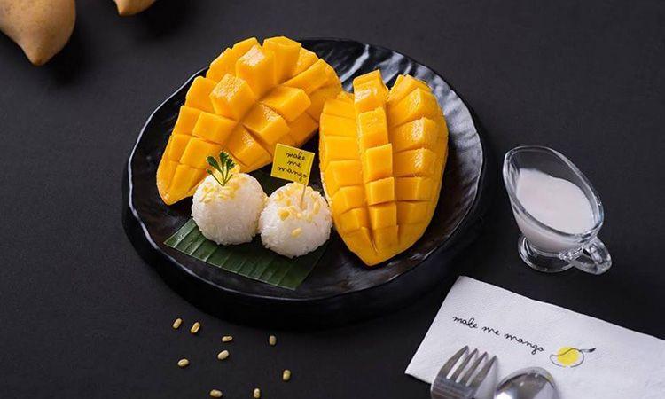 """Make Me Mango เสิร์ฟความอร่อยเมนู """"ข้าวเหนียวมะม่วง"""" ทุกฤดูกาล"""