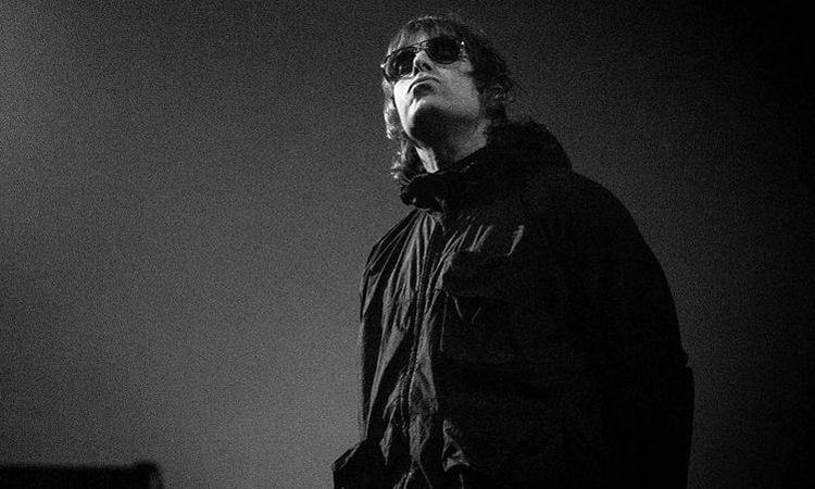 ชมภาพบรรยากาศ Liam Gallagher ขึ้นคอนเสิร์ตครั้งแรกในรอ