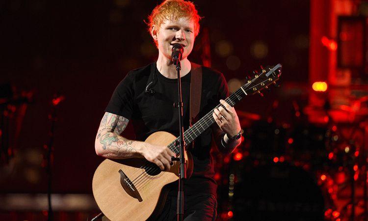 ชม Ed Sheeran ขึ้นโชว์เพลง Shivers และ Bad Habits ในงาน 2021 MTV VMAs