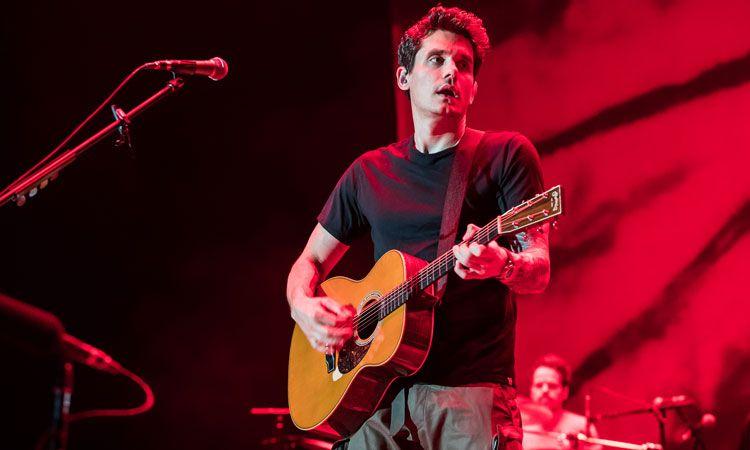 John Mayer เกี่ยวกีตาร์ ร้องสด สะกดแฟนเพลงชาวไทยเต็มอิ่ม