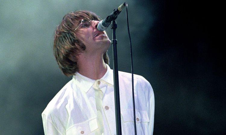 Oasis ปล่อยคลิปแสดงสดเพลง Some Might Say ที่ไม่เคยได้เห็นที่ไหนมาก่อน