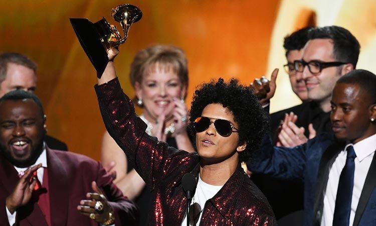 Bruno Mars ผงาด! กวาดเรียบ 3 รางวัลใหญ่ Grammy Awards 2018