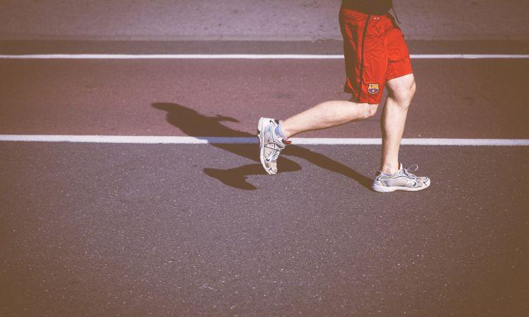 เริ่มวันนี้ก็ไม่สาย! 5 ประโยชน์ได้จากการเดิน - วิ่ง