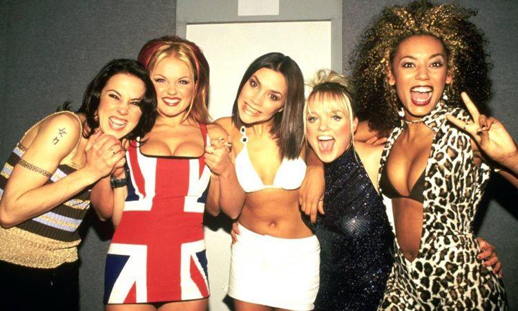 เผยภาพแรกในรอบ 6 ปีที่ Spice Girls ถ่ายร่วมกันแบบครบวง