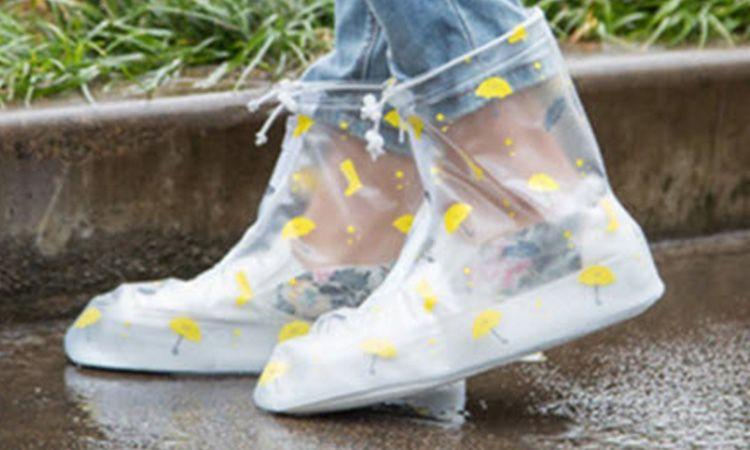 5 พิกัดร้าน ถุงคลุมรองเท้ากันฝน ขายออนไลน์ ไอเท็มมาแรงที่สุดในฤดูฝนนี้ !
